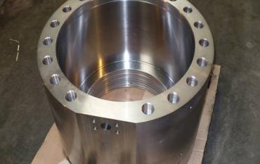 Remise en état d'un Corps de pompe par nickelage, chromage et rectification.jpg