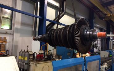 Remise en état par projection HVOF avec un carbure de chrome des portées de soies et de coussinnets d'un Rotor de centrale nucléaire.JPG